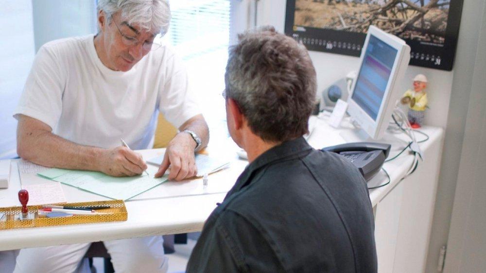 Selon Caritas, le montant des factures d'assurance maladie impayées a plus que doublé au cours des dix dernières années.