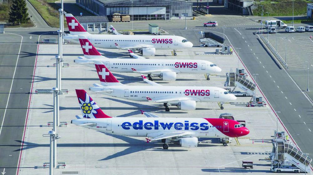Clouées au sol, les compagnies Swiss et Edelweiss pourraient recevoir une aide étatique, mais pas sans condition, selon la gauche.