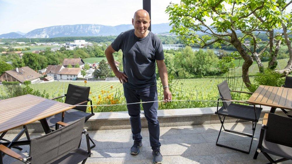 Les restaurateurs (ici au Domaine de Chateauvieux, à Satigny, dans le canton de Genève) doivent s'adapter aux mesures sanitaires, quitte à perdre des places.