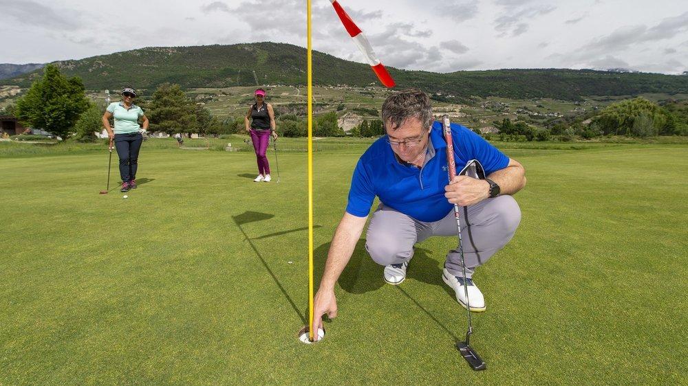 A l'instar du Golf Club de Sierre, les terrains de sport ainsi que les salles ont été très bien fréquentés lundi pour la reprise.