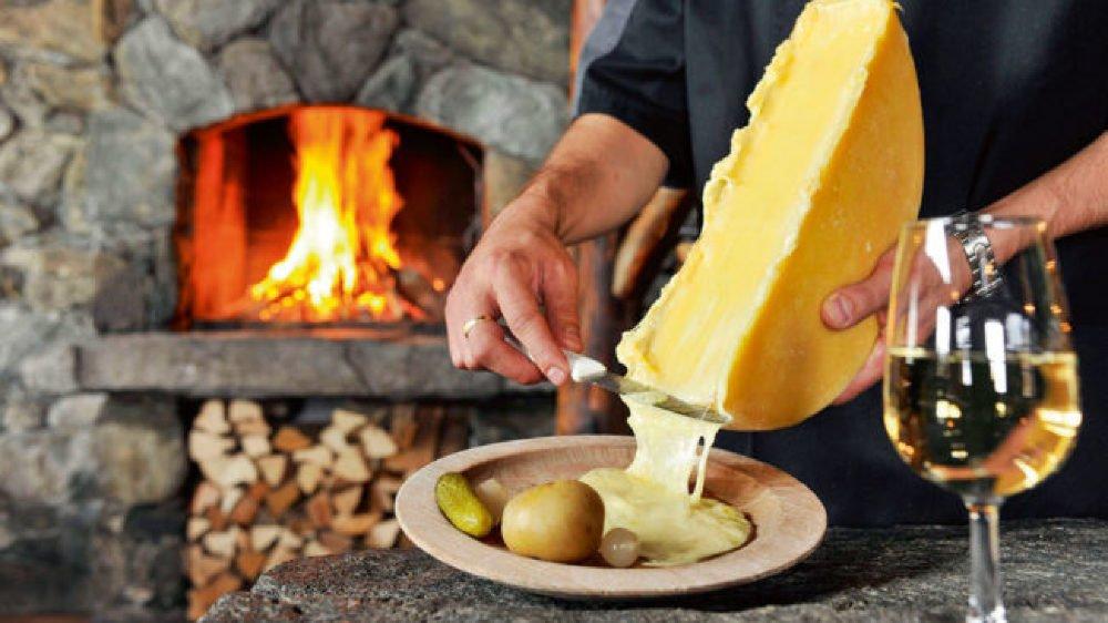 Le Valais va lancer un événement consacré à sa raclette pour relancer les ventes.