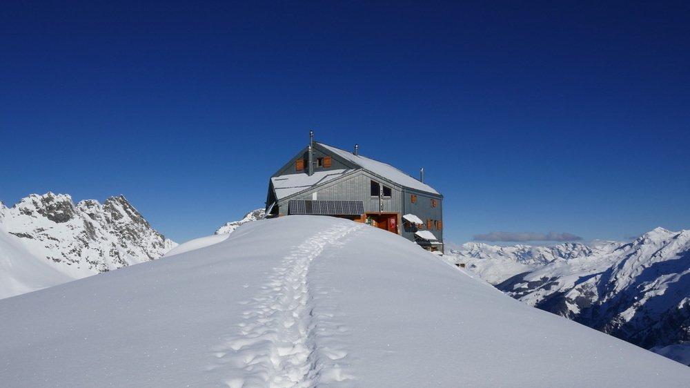 Malgré l'autorisation et contrairement à d'autres cabanes, celle de Panossière, dans le val de Bagnes, n'a pas rouvert lundi.