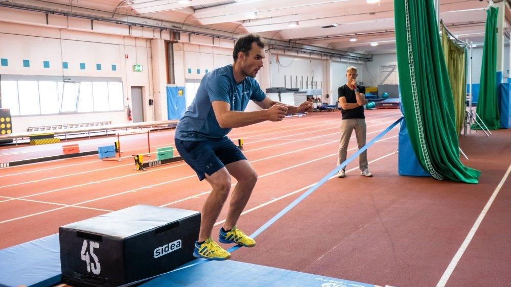 Dès ce lundi, Daniel Yule et les skieurs vont pouvoir poursuivre leur préparation en salle avec leurs préparateurs physiques.