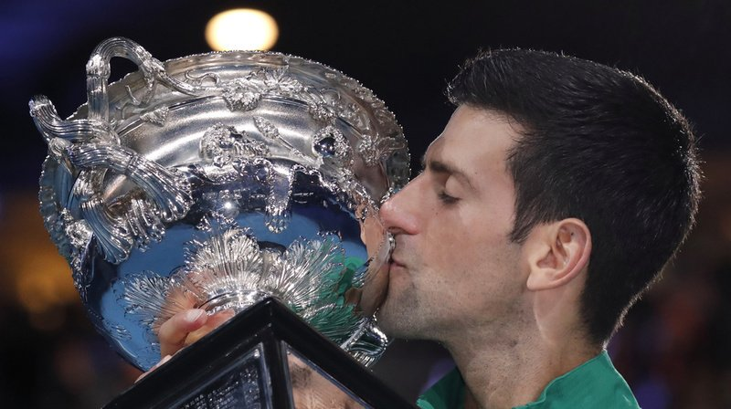 Tennis: Djokovic pense pouvoir battre le record de titres en Grand Chelem de Federer