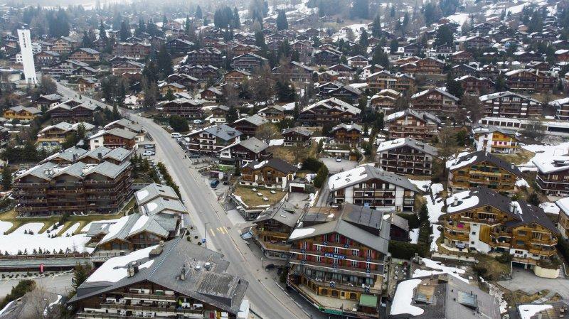Coronavirus: la commune de Bagnes ferme ses parkings au départ des randonnées à ski