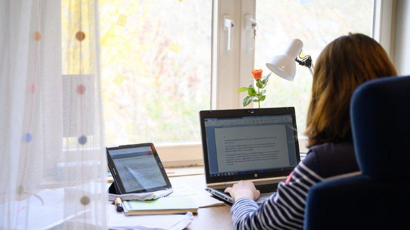 Coronavirus: près de la moitié de la Suisse travaille actuellement à domicile