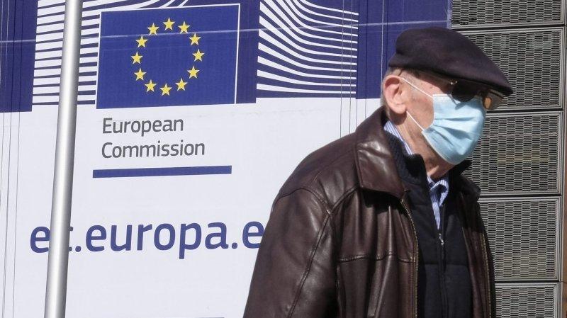 Le virus fait des dégâts politiques en Europe