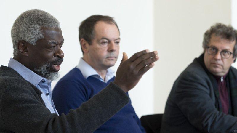 Le municipal de la ville de Vevey Michel Agnant (à gauche) et son collègue Jérome Christen (à droite), avec l'avocat du premier, Pierre Chiffelle (au centre). (Archives)