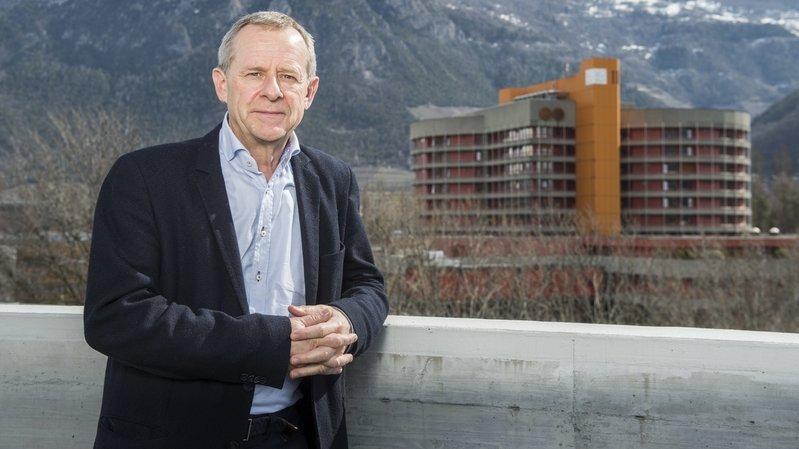 """Eric Bonvin, directeur général de l'Hôpital du Valais: """"Jusqu'à aujourd'hui, 68 patients souffrant du coronavirus ont pu quitter l'Hôpital sur les 230 hospitalisés au total."""