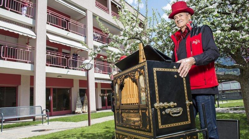 L'orgue de barbarie enchante les aînés