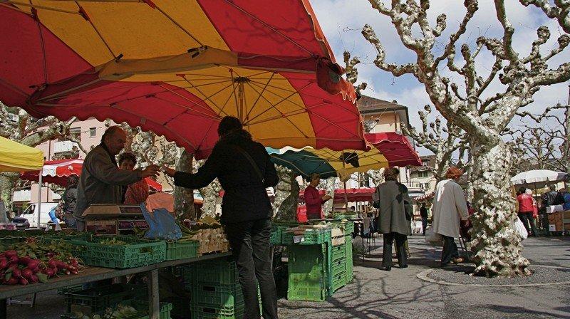 Coronavirus: marché, déchetterie et guichets communaux à nouveau accessibles à Monthey
