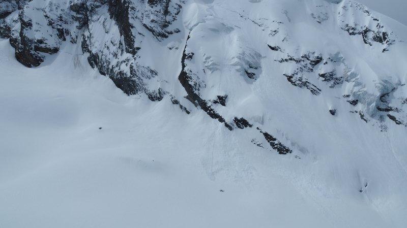 L'avalanche s'est déclenchée sur la face nord du Mont Brûlé, dans la région d'Arolla.