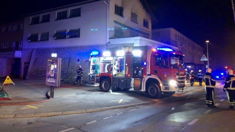 Deux personnes légèrement blessées dans un incendie à Sion
