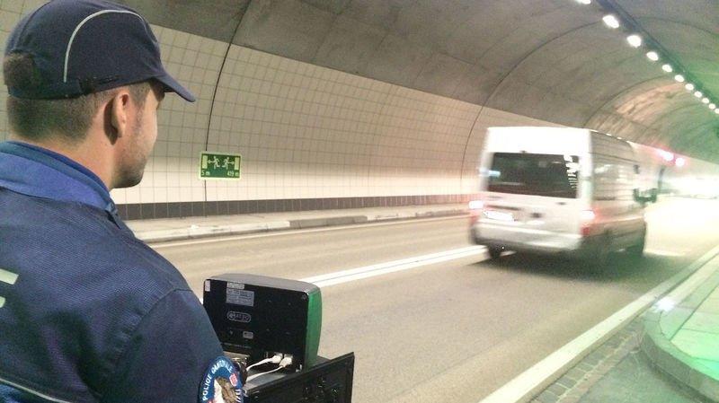 Valais: un délit de chauffard en zone 30 et quatorze excès de vitesse majeurs durant le confinement