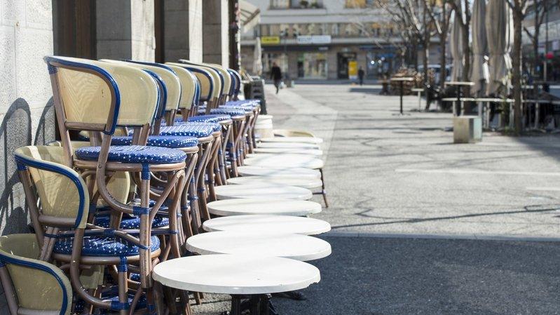 Coronavirus: chômage partiel confirmé pour les cafés, restaurants et bars