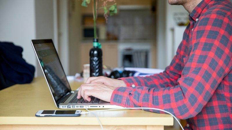 Aménager un coin travail peut vous aider à séparer vie privée et vie professionnelle.