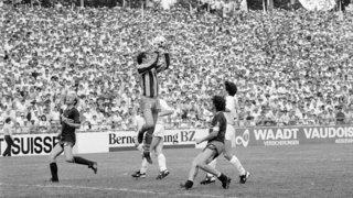 Football: Patrice Morisod change de camp à la mi-temps de la finale de 1986