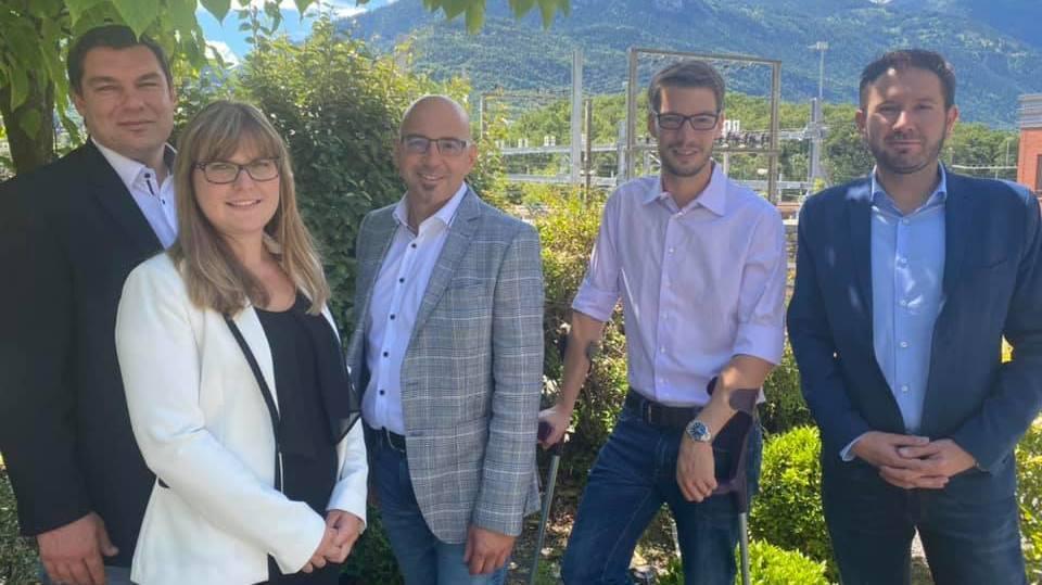 Les cinq candidats du PDC de Sierre aux élections communales d'octobre, de gauche à droite: Pierre Berthod, Lidia Petrics, Pierro Vianin, Nicolas Melly et Anthony Lamon.