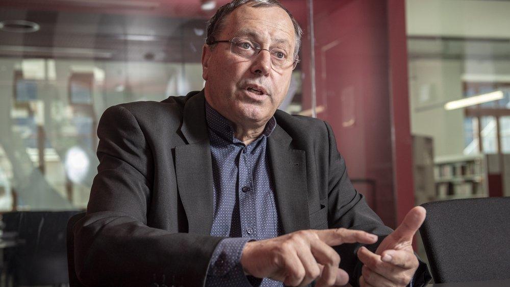 Jacques Cordonier, chef du Service de la culture, explique le fonctionnement des aides culturelles.