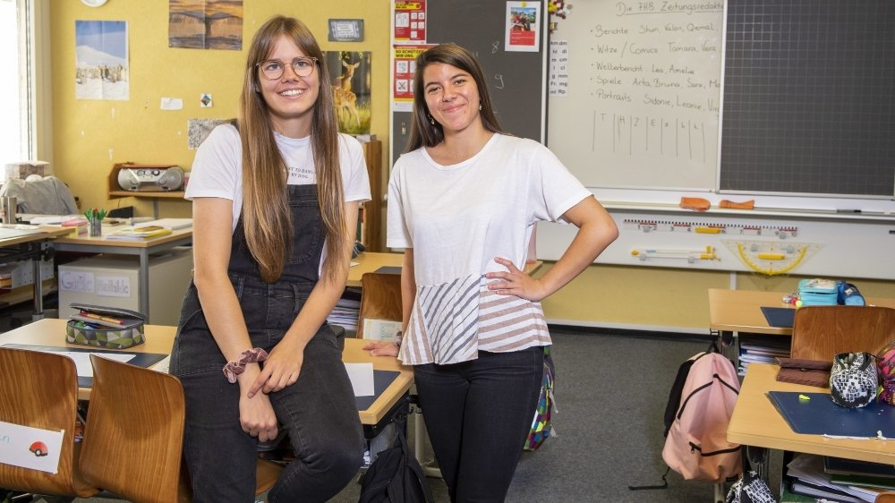 Mathilde Fournier et Gaëlle Sinnaeve faisaient partie de 16 étudiants de la HEP à prendre en charge une classe du début à la fin de l'année scolaire. Elles étaient les seules francophones du groupe.