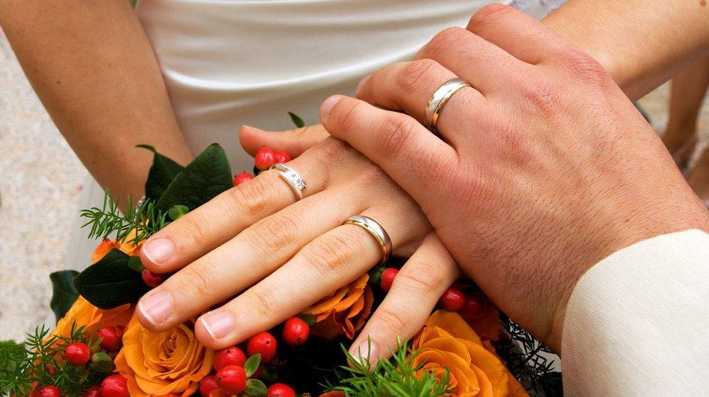 Le couple a régularisé sa situation en 2018 par un vrai mariage.