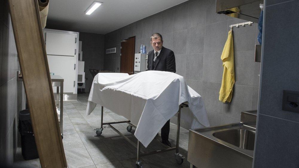 Patrick Quarroz, entrepreneur en pompes funèbres, a procédé à une cinquantaine d'ensevelissements durant le confinement lié au coronavirus.