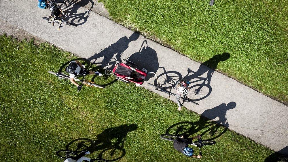 La sortie du semi-confinement a poussé les Valaisannes et les Valaisans à enfourcher un vélo.