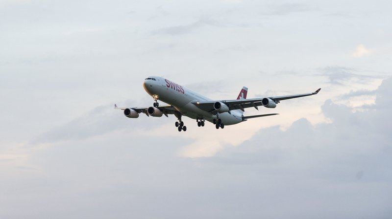 Loi sur le CO2: le Parlement dit oui à la taxe sur les billets d'avion et au fonds pour le climat