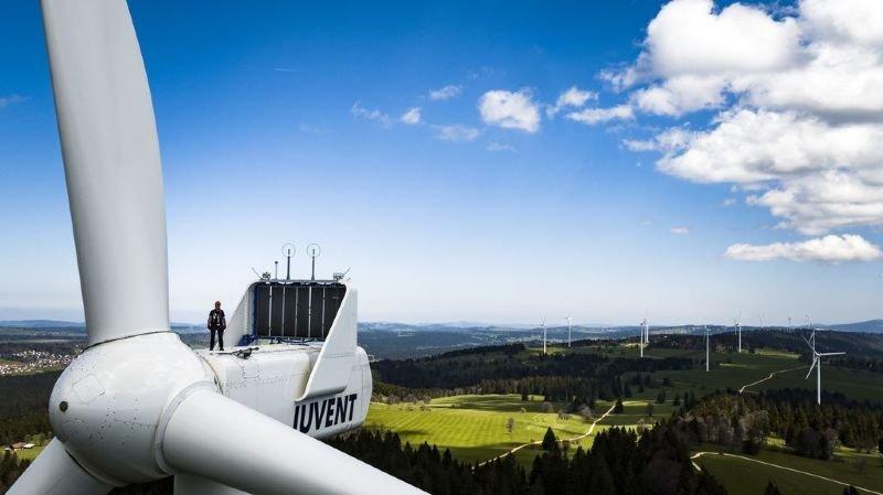 La Suisse fait partie des mauvais élèves en Europe pour la production d'énergie solaire et éolienne, affirme la Fondation suisse de l'énergie (SES).