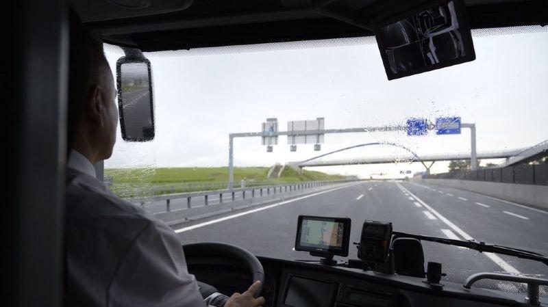 Transports publics: la Suisse n'aura pas de réseau de bus longue distance