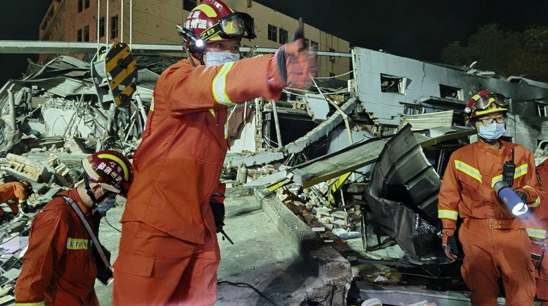 L'explosion a causé l'effondrement d'immeubles et d'usines situés à proximité.