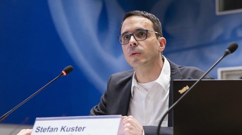 Selon Stefan Kuster, les foyers sont souvent associés à des voyages à l'étranger, notamment en Serbie.