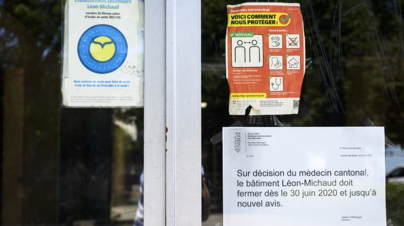 Les bâtiments de l'établissement secondaire Léon-Michaud ferment avec effet immédiat suite a deux cas de coronavirus (covid-19) ce mardi 30 juin 2020 a Yverdon-les-bains.