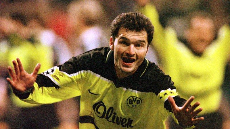 Football – Les finales des Coupes d'Europe: le sacre de Stéphane Chapuisat en 1997