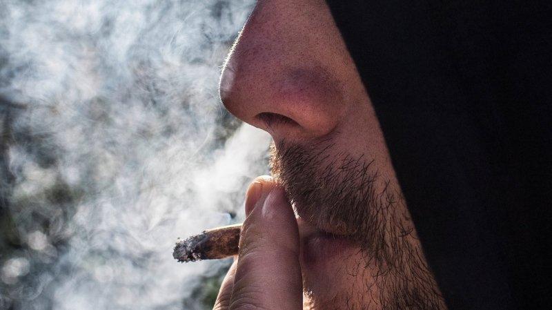 Cannabis: le National autorise les essais pilotes de consommation