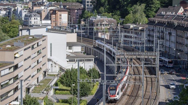 Les transports publics, fondement du pays