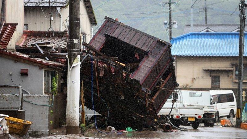 Des dizaines  de morts lors d'inondations