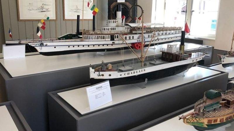 La nouvelle salle compte douze maquettes de bateaux à vapeur.