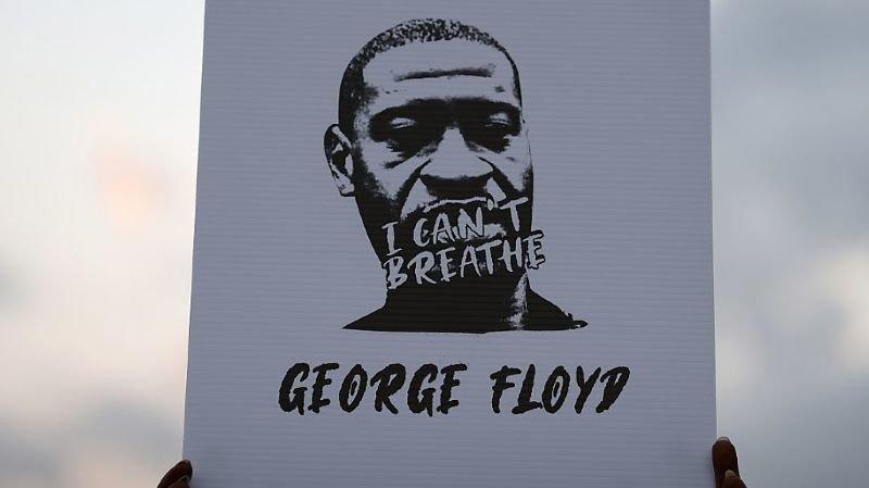 D'après l'avocat de la famille de George Floyd, le leader américain des droits civiques Al Sharpton fera son éloge funèbre.