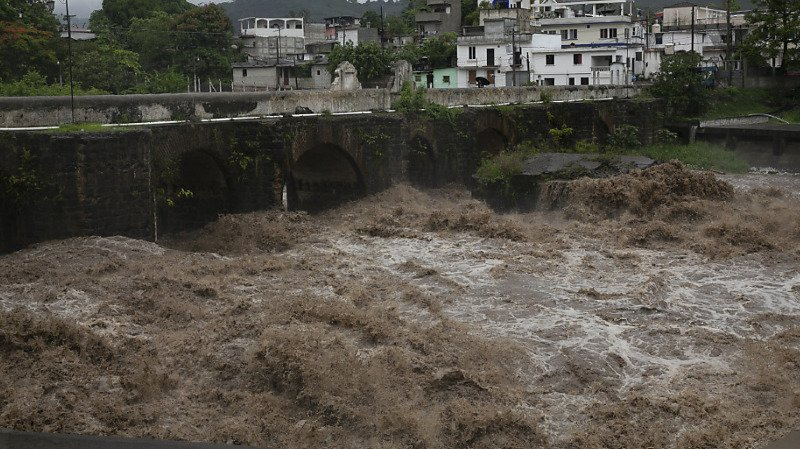 Intempéries: la tempête tropicale Amanda frappe le Salvador et le Guatemala