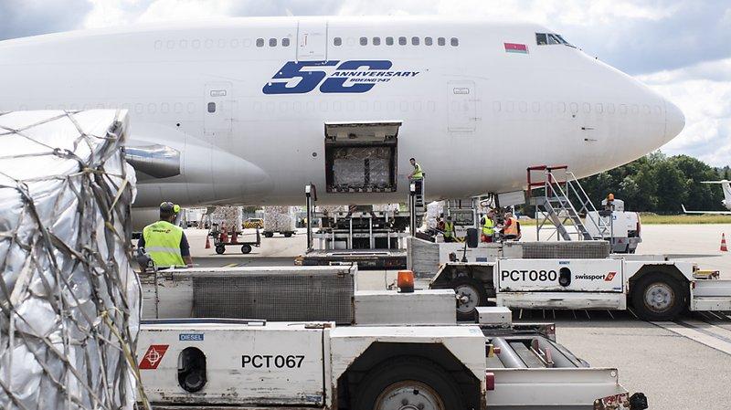 Coronavirus: acheminement aérien de matériel de secours au Venezuela