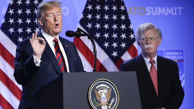 Etats-Unis: le livre explosif de John Bolton, ex-conseiller de Trump ne sera pas interdit