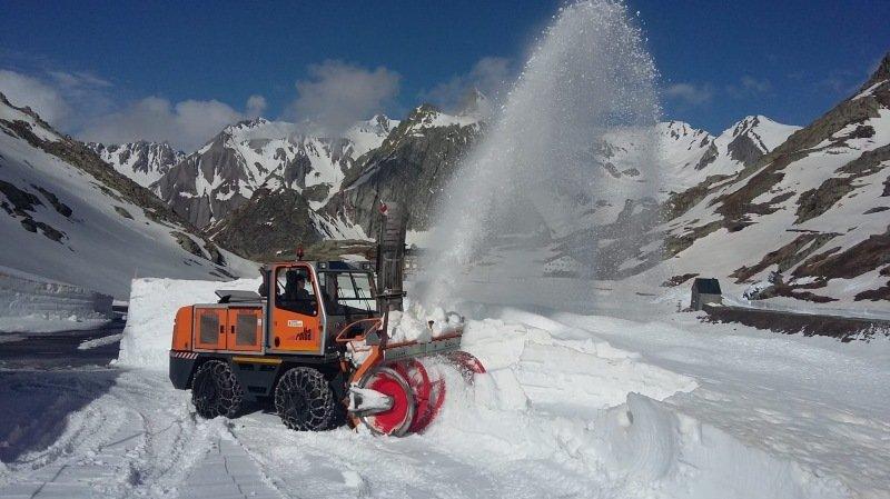 Cols alpins valaisans: on déneige le Grand-Saint-Bernard