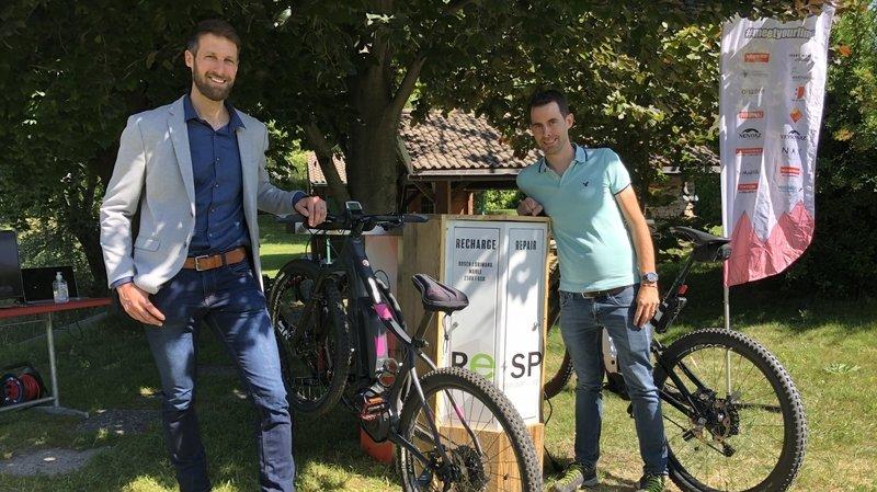 Granges: la société R&D Cycling développe une nouvelle borne de recharge pour e-bikes