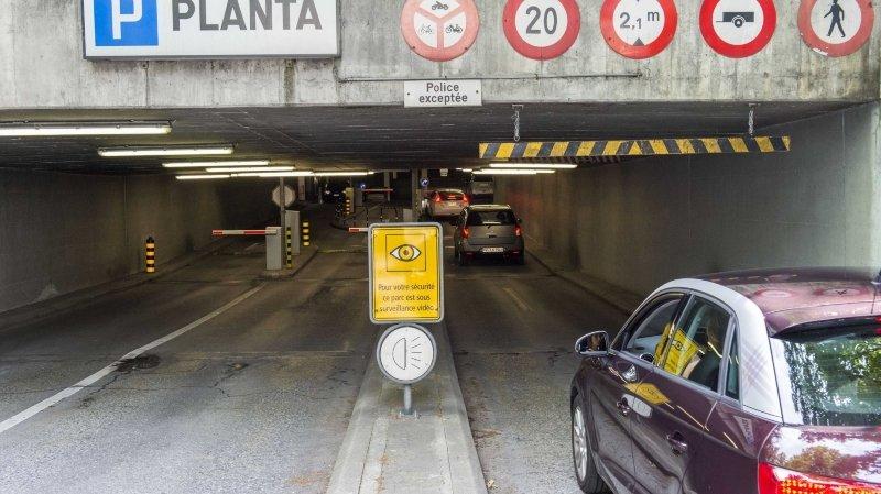 Trois parkings sédunois vont fermer provisoirement en juin