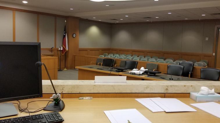 Texas: un tribunal sélectionne le jury par Zoom, une première aux États-Unis