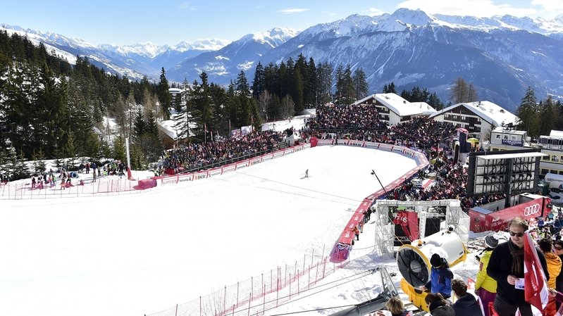 Ski: Crans-Montana affiche son intérêt pour reprendre les dates de Wengen en cas de retrait