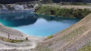 Royaume-Uni: de la bouse déversée autour d'un lac pour chasser les touristes