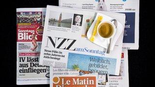 Revue de presse: personnel soignant infecté, course au vaccin et loi sur le CO2… les titres de ce dimanche