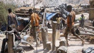 Deux attaques djihadistes ensanglantent le Burkina